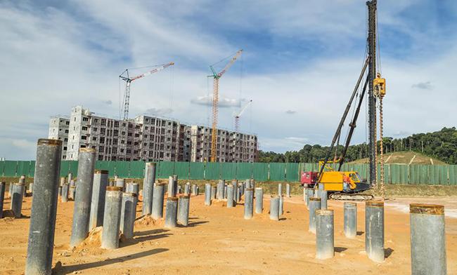 Voordelen van buispalen heien voor Diep Stichtingen