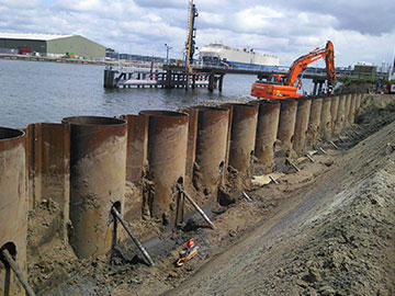 21.000 ton buisvormige damwand verzonden naar Manzanillo haven, Mexico.